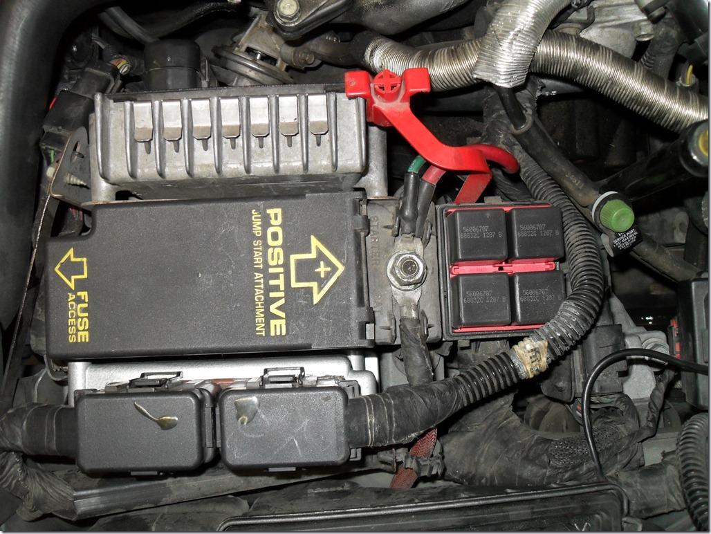 1999 chrysler sebring battery location