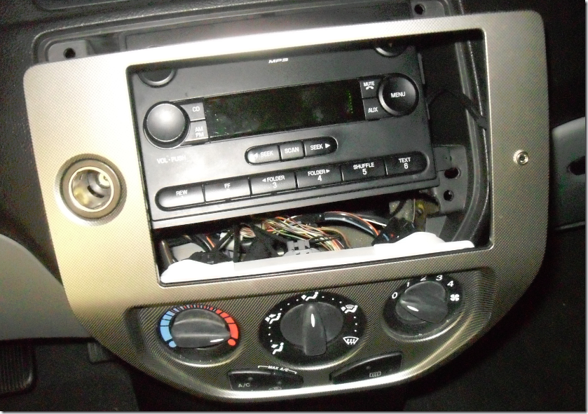 Installing Pac Aai Frd04 Auxiliary Input In A 2006 Ford