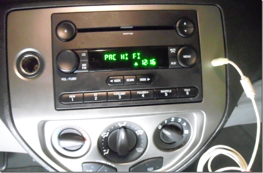 installing pac aai frd04 auxiliary input in a 2006 ford focus russ rh idoneitmyself com Aux Cable Ford 2007 Aux Cable Ford 2007